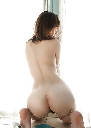 Asian girls (delicious asses)