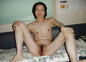 Japanese middle-aged wife muff sex photos leaked