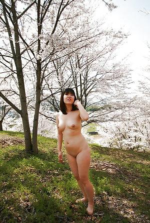 Japanese amateur outdoor 258