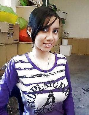 Malay Hijab Gurl