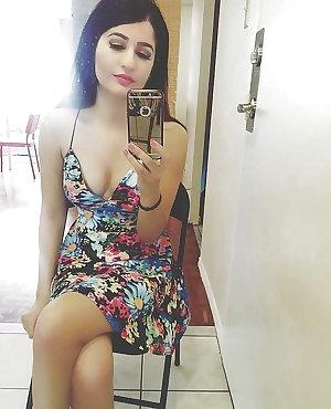 Sexy Indian Paki Desi UK Girls