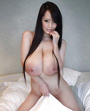 Hitomi Tanaka - Huge Asian Tits