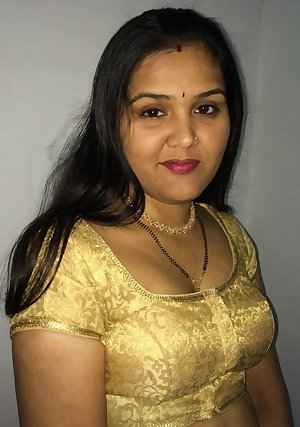 Sexy Indian bhabhis in sexy costumes