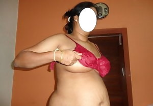 Sexy Desi girls and Aunty's