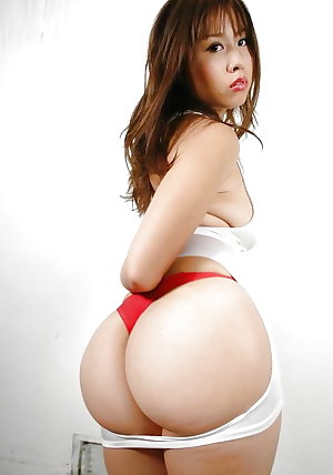 ASIAN GIRLS WITH BIG TITS AND ASS