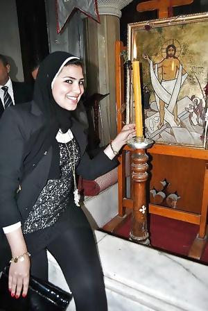 Boyle Turbanlilar gormediniz Hijab kapali Turkish Arab