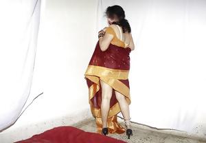 INDIAN WIFE SAROJA -INDIAN DESI PORN SET 9.9