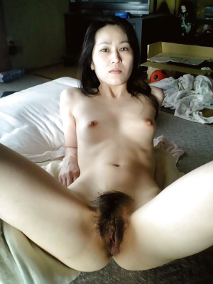 Japanese Amateur Mature Sluts 34