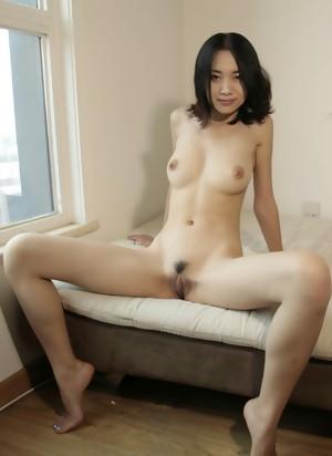 Amateur Asian Girls 27