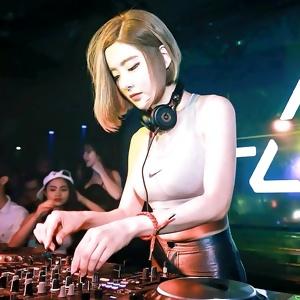 DJ Soda (Korean cute & sexy DJ)