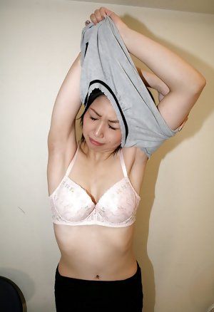 Japanese cute wife Hara