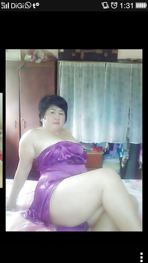 Malay- cantik kan milf tudung camnie