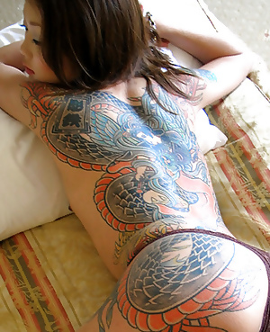 Traditional Japanese Tattoos On Women