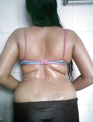 Indian Aunty Show 35