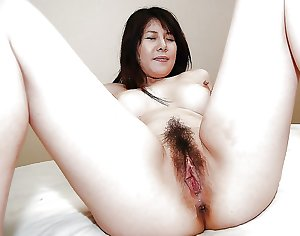 Chinese Mature Pussies 3