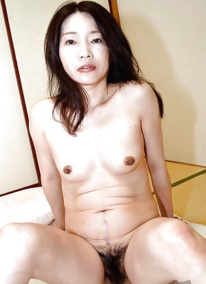 Japanese Amateur Mature Sluts 35
