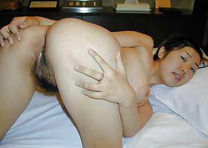 Chinese Hairy Pussy 2