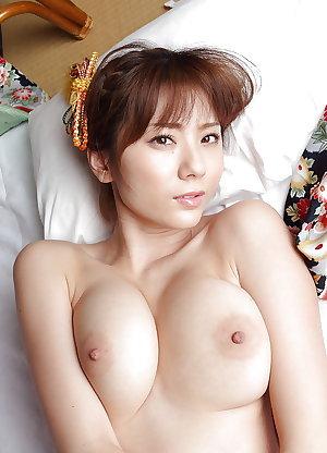 Japanese Beautiful Boobs!! 01