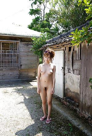 Japanese amateur outdoor 115