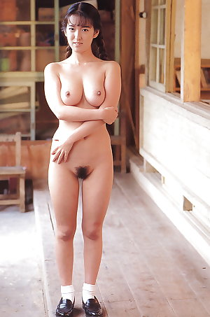 Japanese amateur outdoor 115