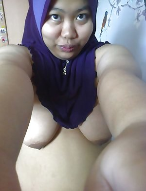 malay- busty babe from brunei tudung hijab