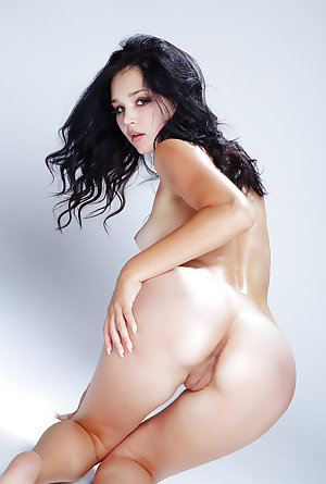 Naked Asian Girls 21
