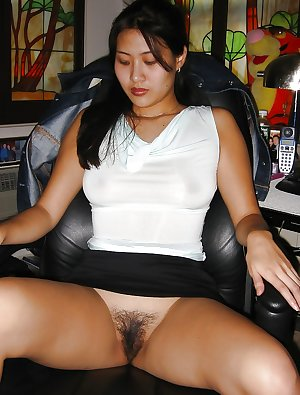 Chinese Mature Pussies 5