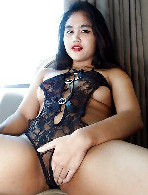 Anita Rizka Jayanti - Indonesian