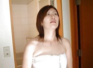 amateur japanese wife Aki 4