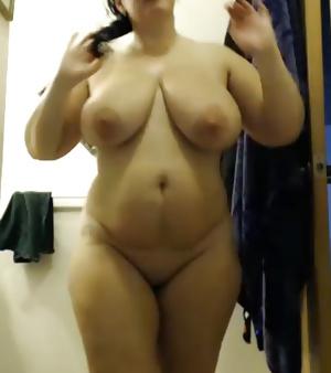 SEXY ARABIC GIRLS ( ROUND ASSES)