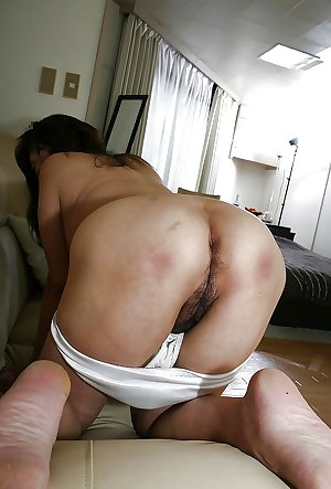 asian hairy pussy & sexy ass bent over