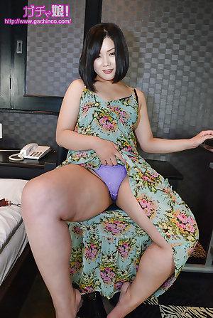 Curvy Asia