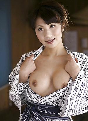 Asian Beauties 027