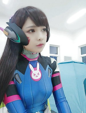 Try to not cum with these Sexys Cosplayers